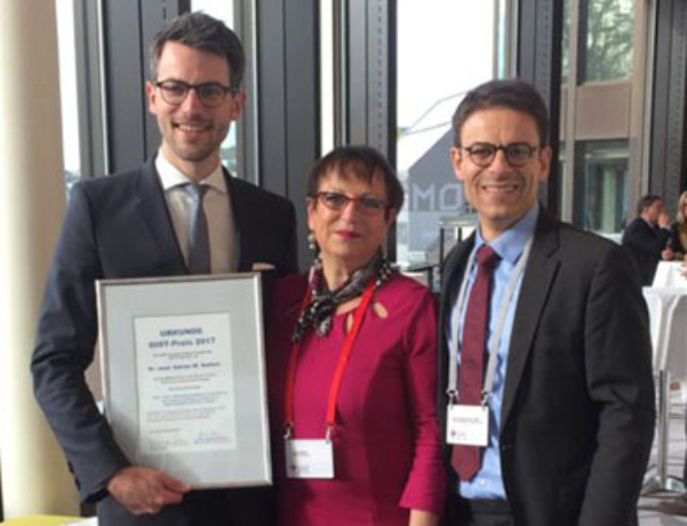 2017 GIST Award Goes to Dr. Adrian Siefert