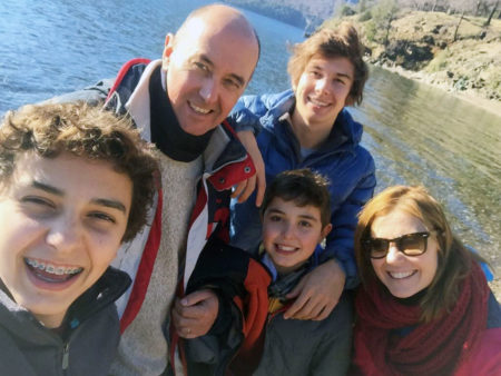 Verónica Armand Ugón & Family