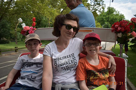 Glenda Swinbourn with Darcy & Mitch