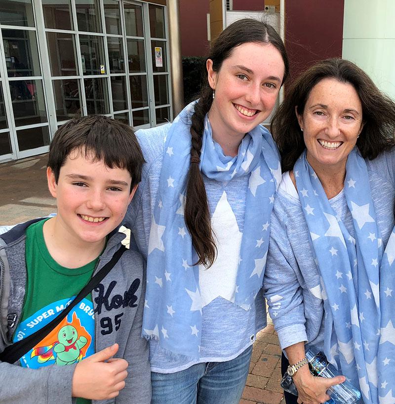 Amy Kenworthy and her children